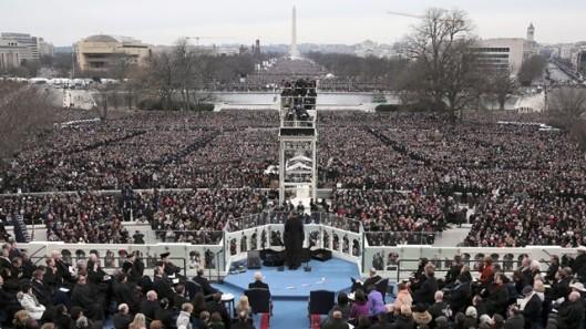 ap_over_view_inauguration_obama_podium_thg_130121_wg