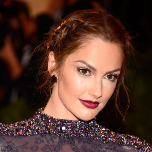 minka-kelly-met-gala-2013-hair-makeup-w724