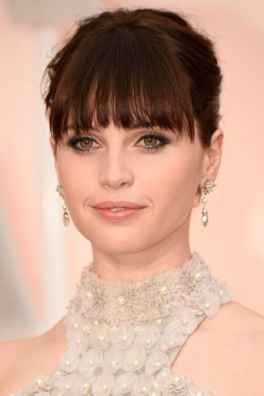 oscars-2015-beauty-felicity-jones-w540